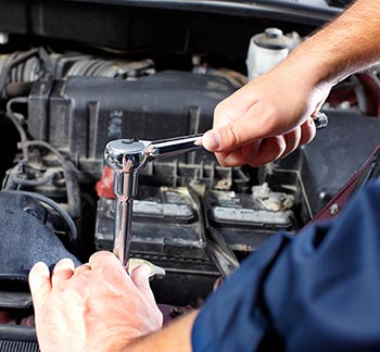 Since 1989, Road Runner Auto Repair has been providing reliable auto repair and maintenance services in Apple Valley, Victorville, Hesperia and surrounding areas.